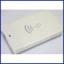 Chip: Impinj R500, Reading distance: with RF power 25dBm,0,7m/0dbi, Reading Speed: 200 tags/s, Dimension: 129x80x22mm